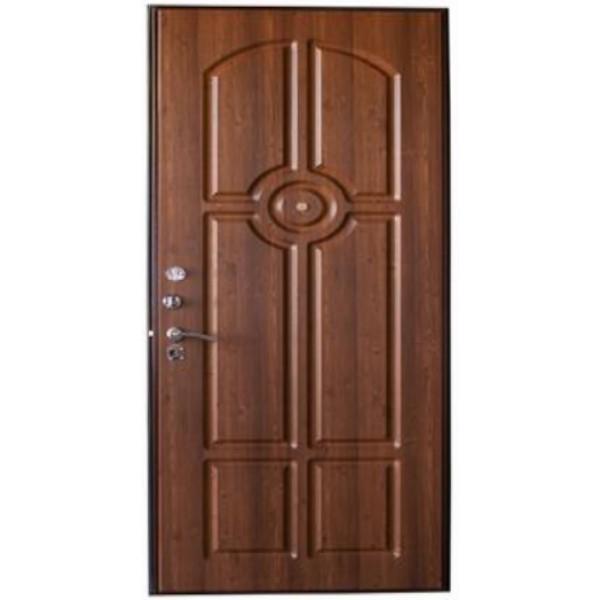 высокая дверь для квартиры